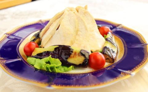 蒸し鶏と茄子の山吹胡麻酢