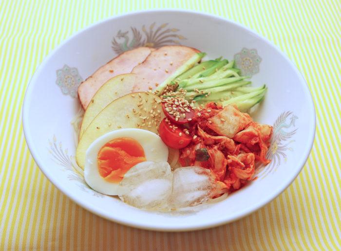 山吹酢を使った旭大高風冷麺